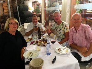 Eller som här en tapas-kväll på favoritrestaurangen Vinoteca i Torremolinos centrum.