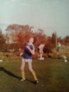 En något oskarp bild på Christer, tagen senare i hans karriär som fotbollsspelare. Nämligen i Väsby, som jag berättar om längre fram.