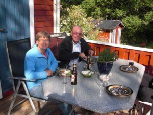 Ingalill och Alf kom på besök hos mig på landet. Inte långt från Norrköping som en gång var deras hemstad.