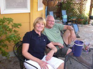 Johnnie och Rudy i trädgården 2010 när jag besökte dem.