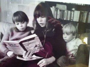 Ami och hennes två pojkar, Love och Valle.