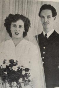 Mamma Birgitta och pappa Härold gifter sig. Dick var hemlig gäst under bröllopet.