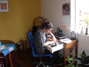 Lisas arbetsplats i Chile var hemma. Här la hon ut nyheter på lantinamerikagrupperna.nu eller skrev sina frilansartiklar.