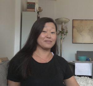 Här är den intervjuns huvudperson - Zung Hallin-Persson. Trots sin relativa ungdom har hon hunnit med mycket. Trebarnsmor, VD, journalist, snart färdig lärare