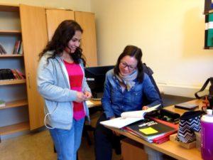 Nina med en elev