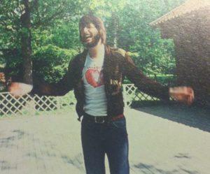 Den unge Ronald. Här en bild från Emmaboda dit han flyttade efter skolåren hemma i Nybro.