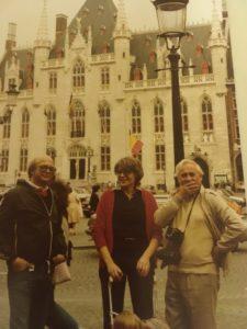 Min man Patrick tillsammans med Kristina och Roger under en utflykt till Brügge.
